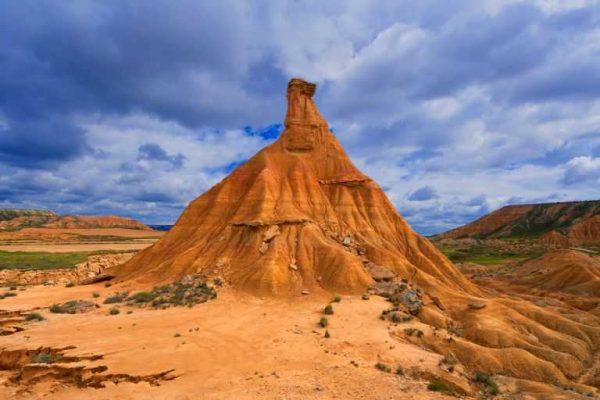 arguedas-bardenas-reales-castildetierra-typical-rock-news-photo-1626352825
